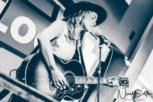 Mandy Rowden @ Waterloo Records