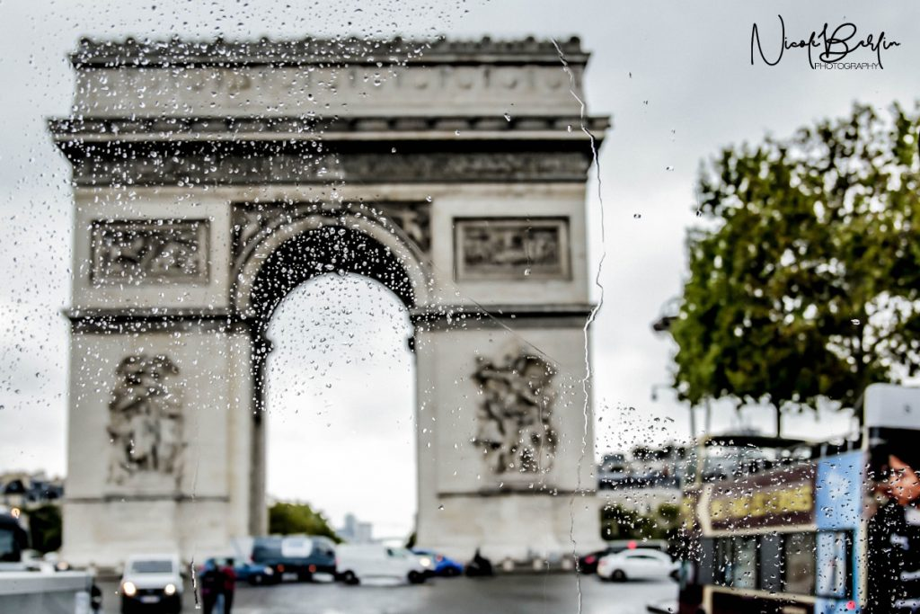 travel-paris-arc-de-triomphe-01