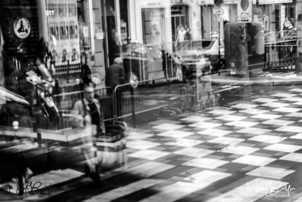 travel-paris-street-blurred-crossing
